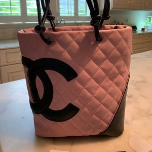 Chanel Petite Shopping Tote Pink